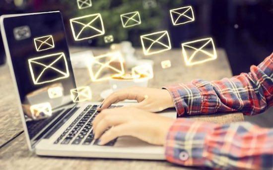 atención al cliente por email