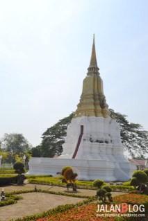 Chedi Sri Suriyothai