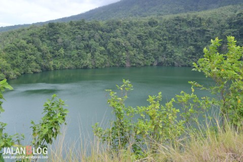 Hijaunya danau Tolire