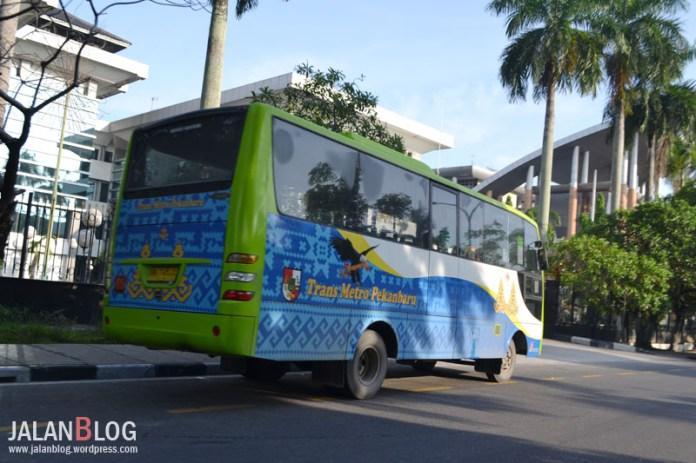 Trans metro pekanbaru pun berwarna BIRU!
