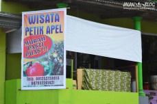 Spanduk wisata petik apel