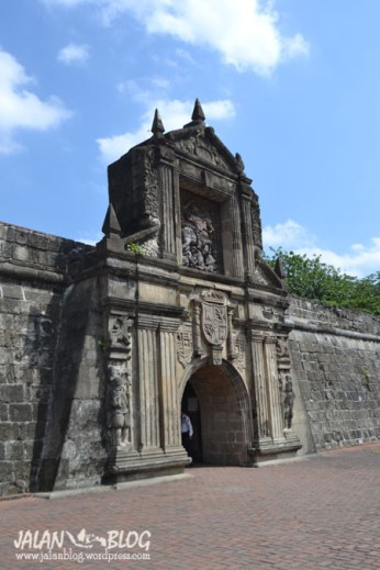 Gerbang Fort Santiago