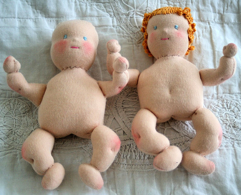 Flykondo KonMari  organisieren Puppen Jalegara ist einmalig im Juni Waldorfpuppen