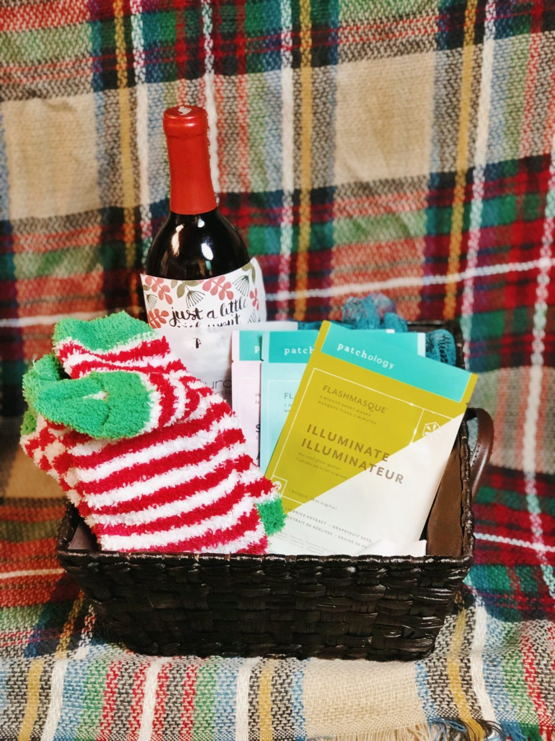 finished holiday spa basket