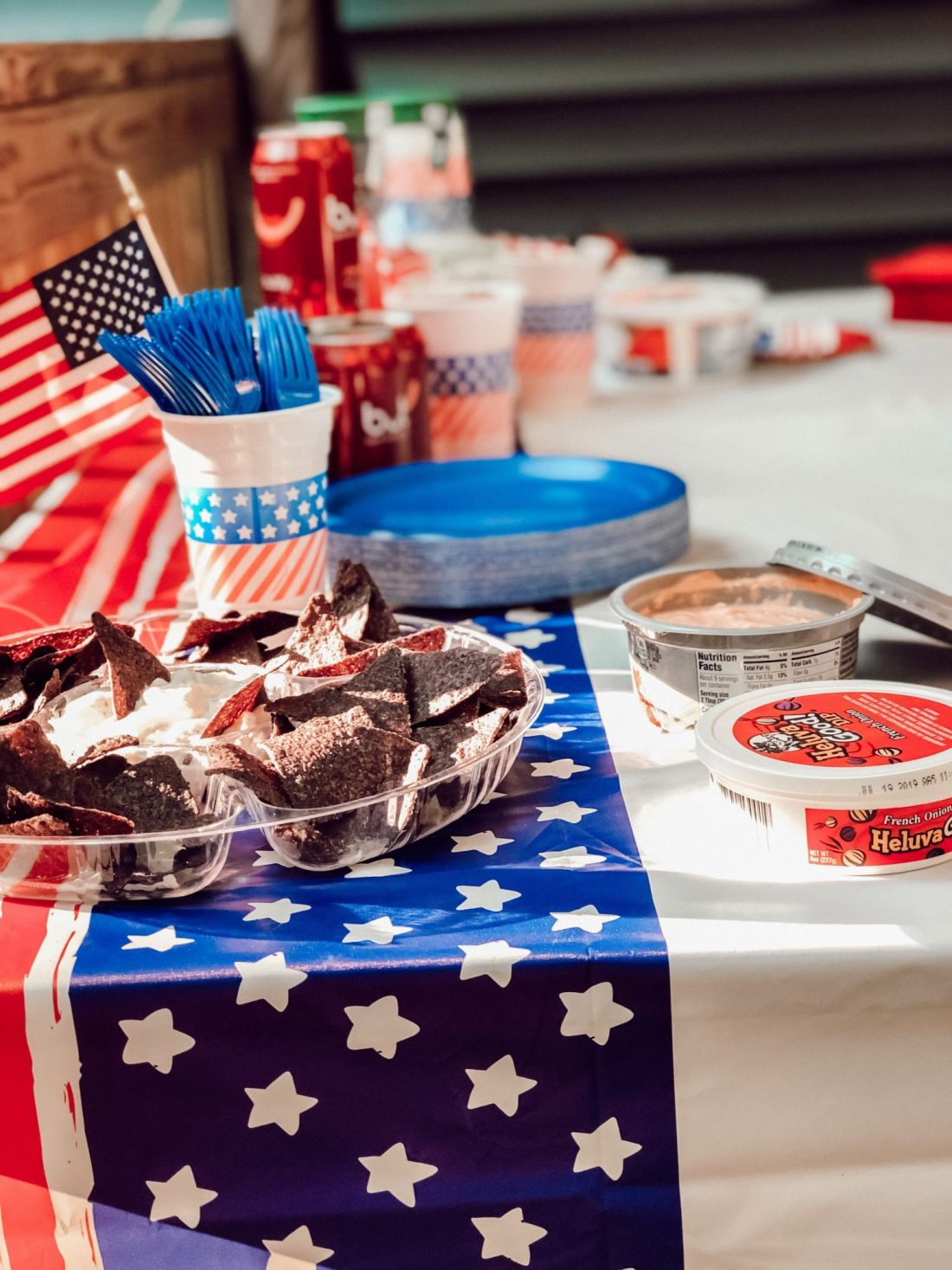 Patriotic Chips & Dip Table
