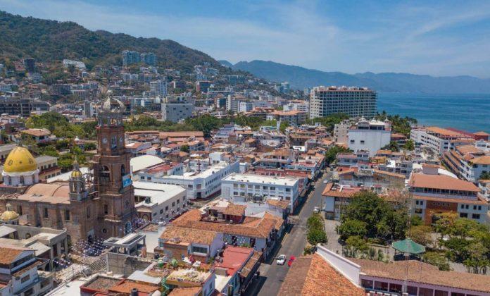 Anuncia Alfaro seguimiento a obras de infraestructura en Puerto Vallarta