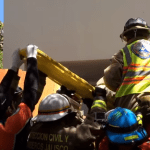 2016-03-29 22_53_21-Camión repartidor de agua se impactó contra una finca en el Fracc. El Palomar. -