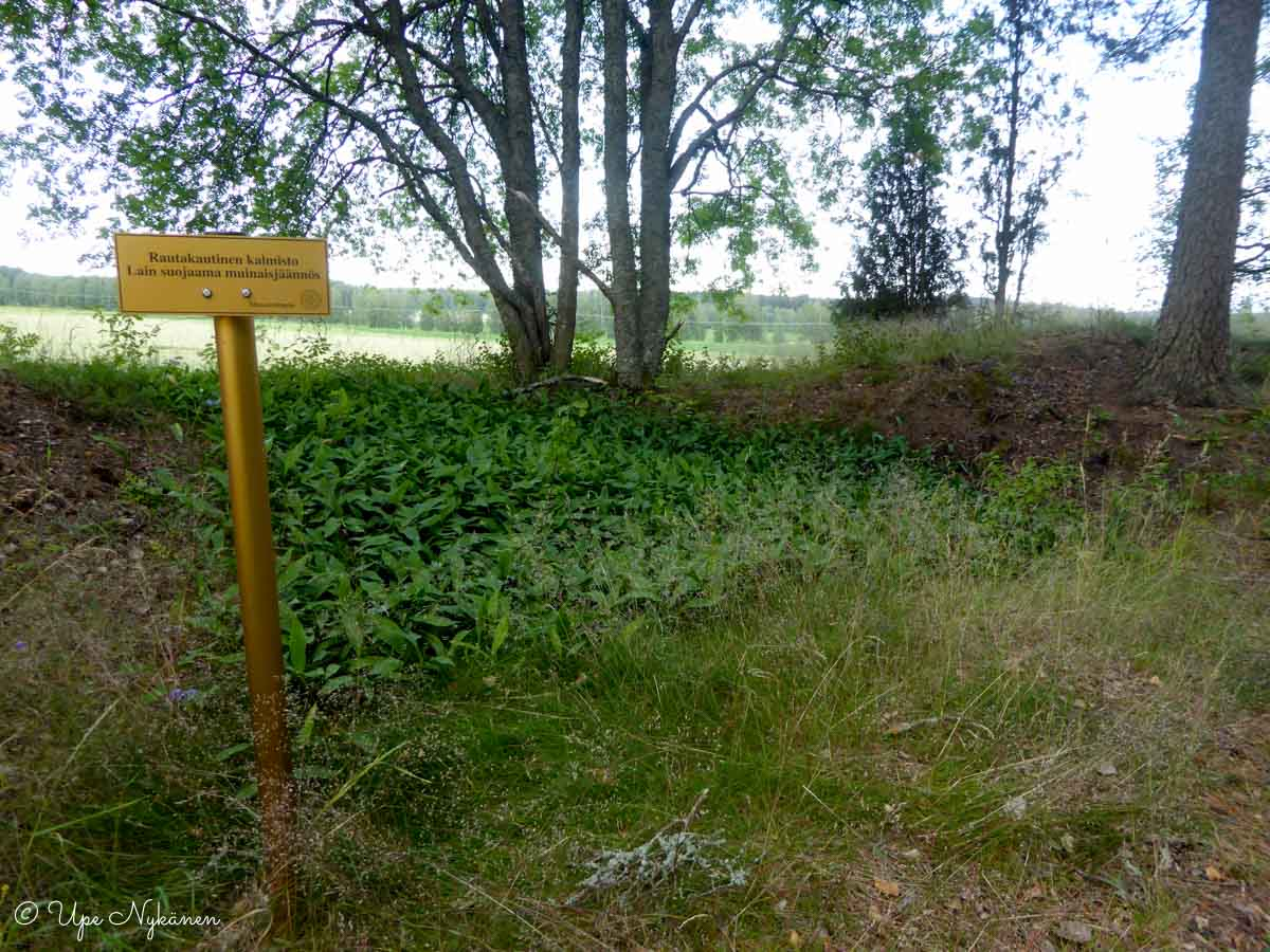 Rautakautinen kalmisto Lammilla.