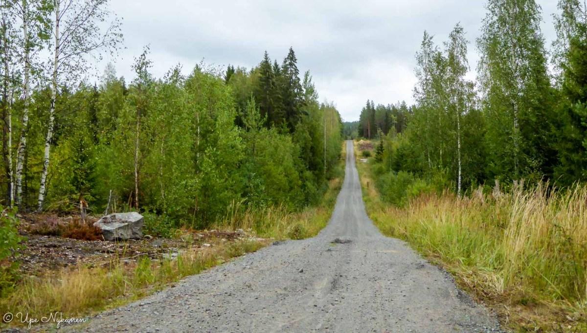 Maakuntauran vaellusreitti, kapea soratie, Jämsä