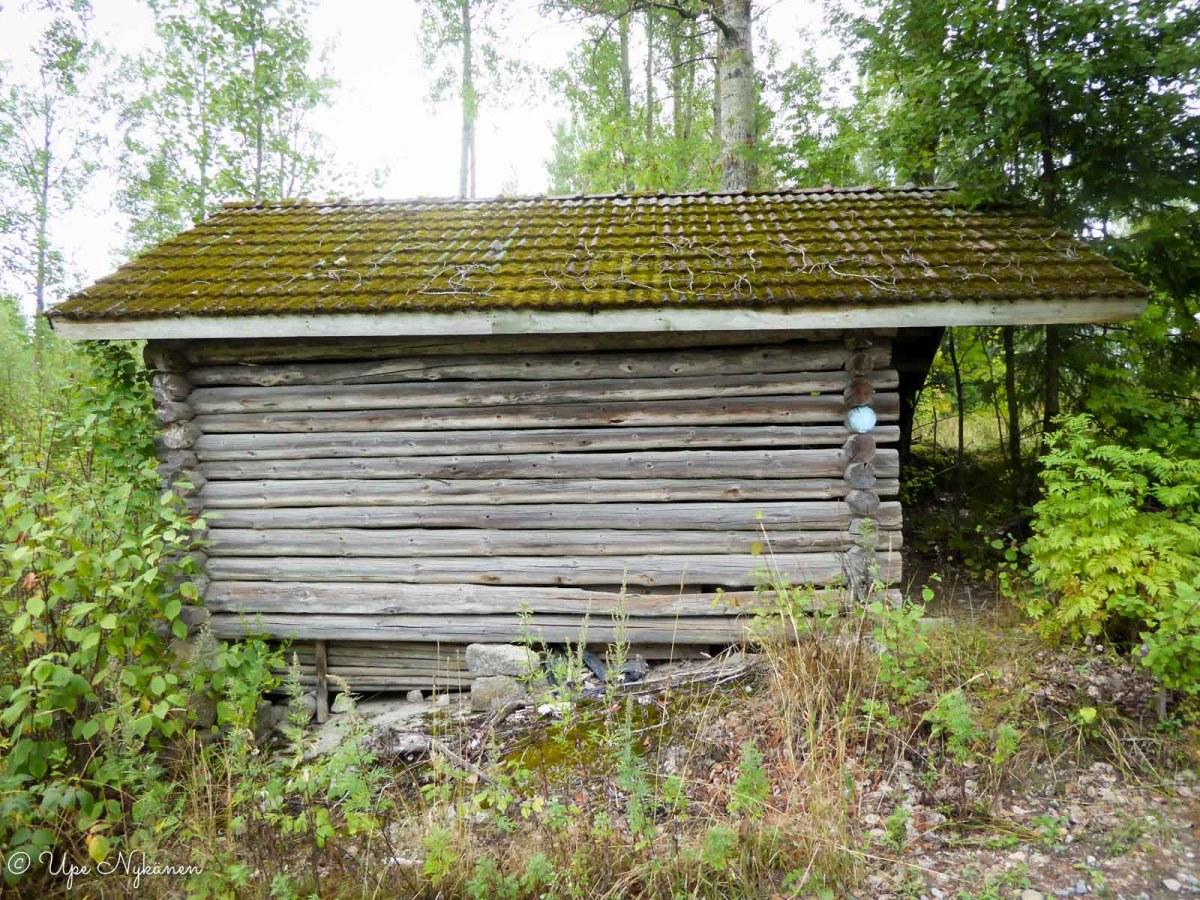 Harmaa lato reitin varrella, Jämsä