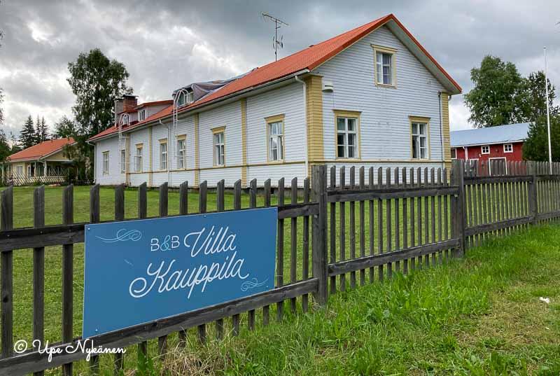 B&B villa kauppilan valkoinen rakennus, Ii.