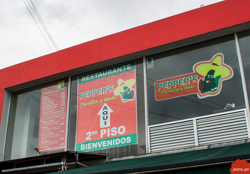 Comida colombiana en Pepper's, restaurante en Bogotá