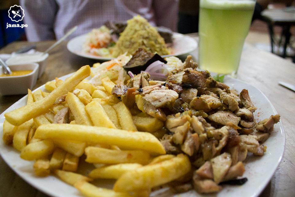 comida arabe en miraflores y comi shawarma