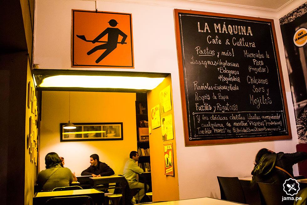 la-maquina-cafe-bar-restaurante-vino caliente en miraflores