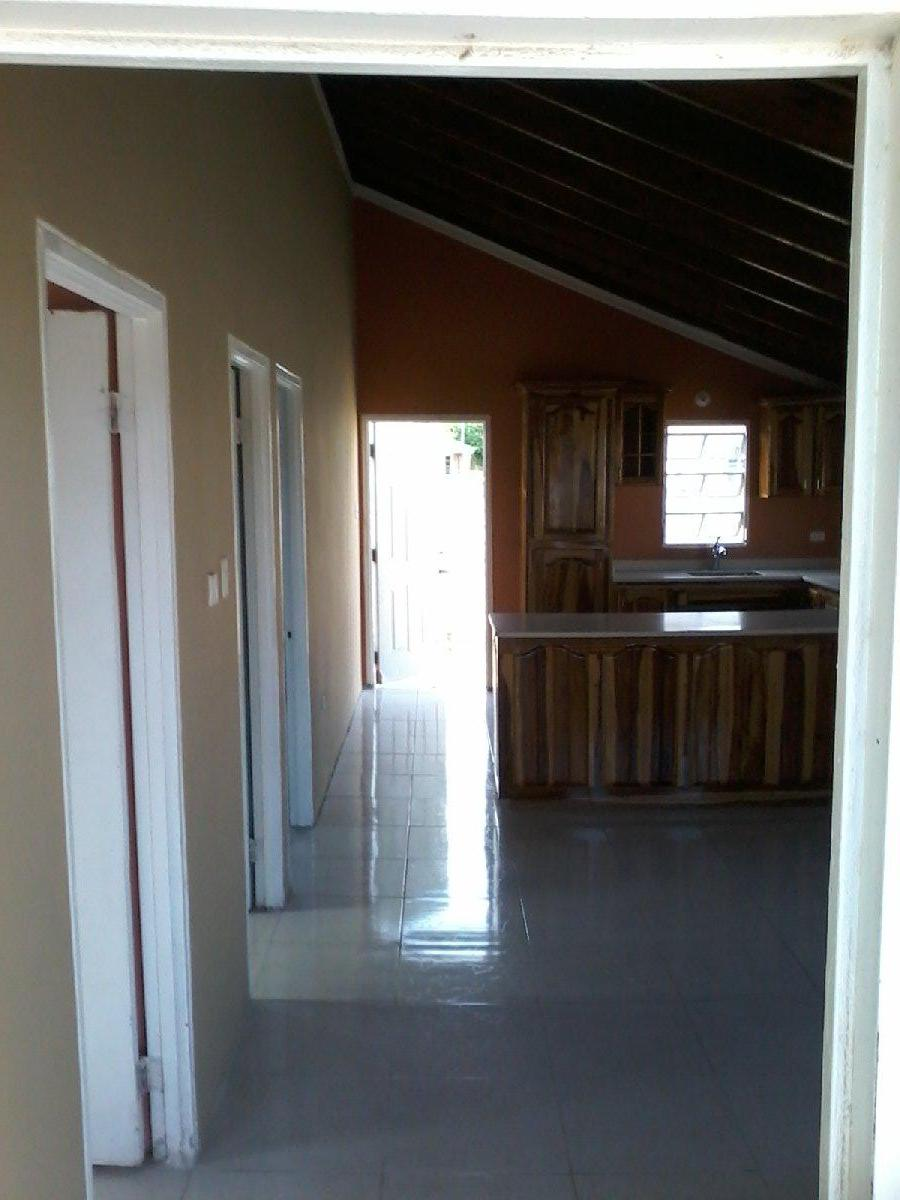 2 Bedroom 1 Bathroom House For Rent in Magil Palms St