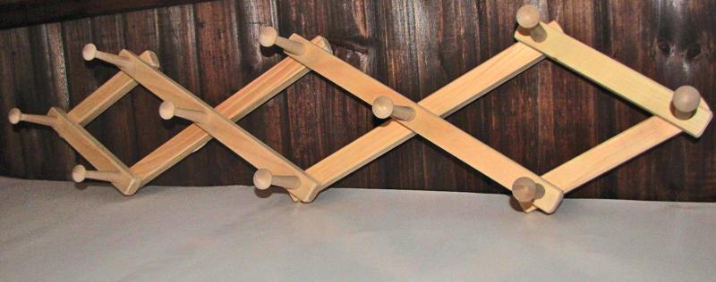 expandable pine coat rack