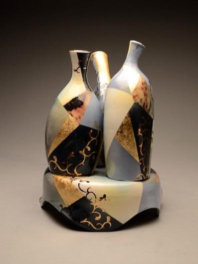 "3 Vases w/ Pedestal 16""x12""x12"""