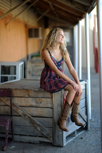 Photo shoot for Isabella Ramer at OKC Farmer's Market