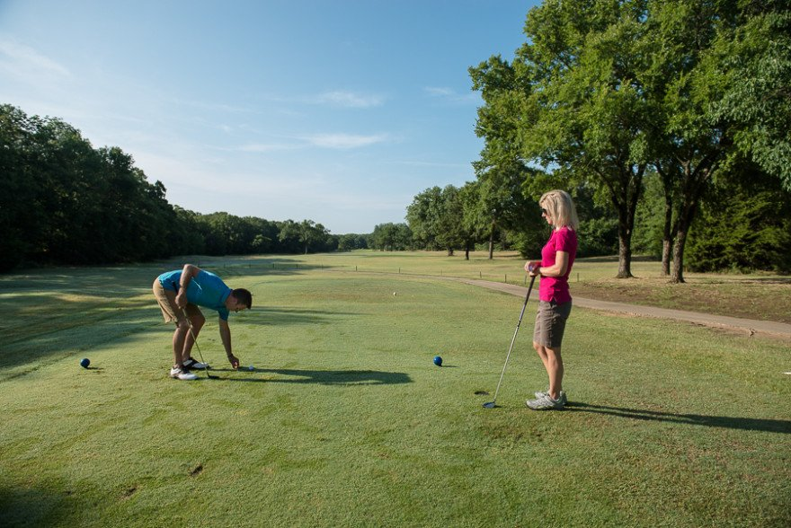 Lake Murray State Park is a great place to get away with your spouse for a round of golf.