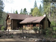 Lolomi Lodge in summer
