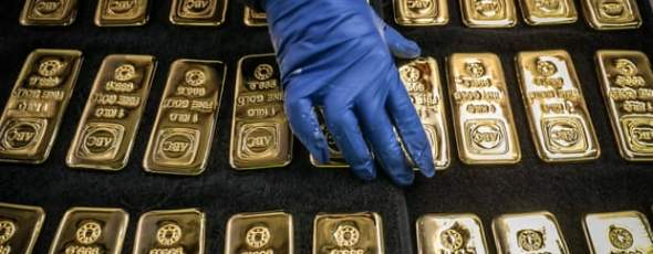 Gold Bards Covid-19 Getty images Bloomberg The Guardian | James Alexander Michie