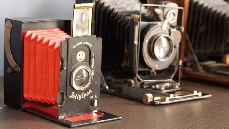 Jollylook vintage instant camera