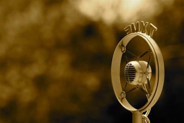('Old fashioned microphone' by Josh Lloyd)