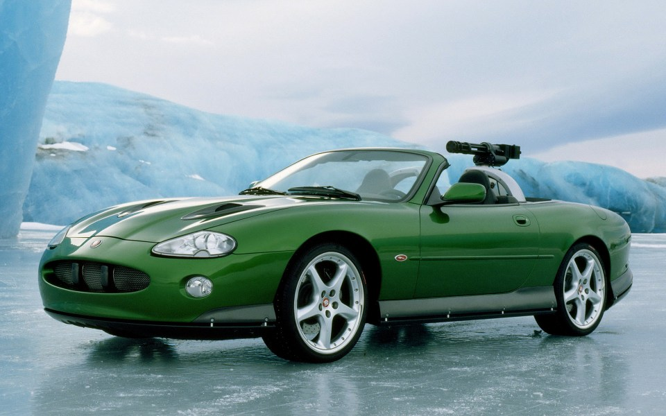 jaguar-xkr-convertible-007-die-another-day-car-wallpaper-35216