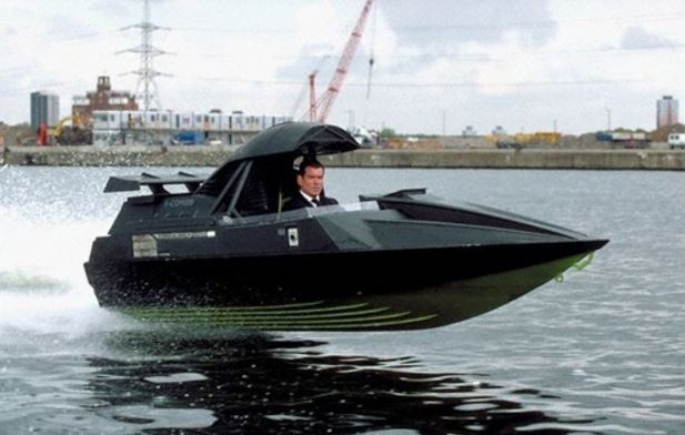 james-bond-q-boat
