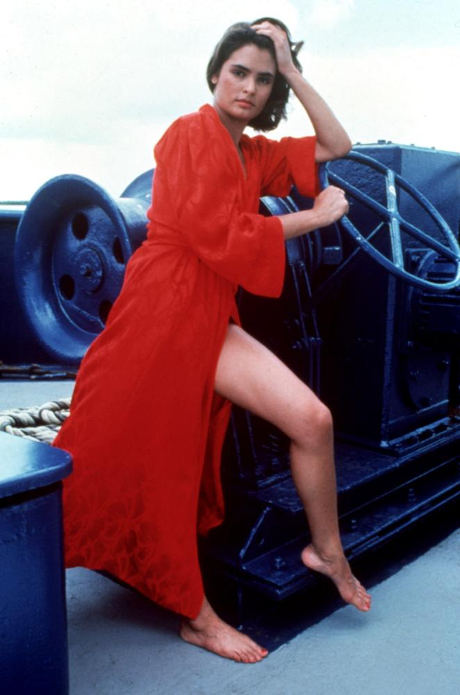 Lupe Lamora Talisa Soto  Club James Bond France
