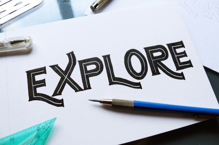 Explore_Lined