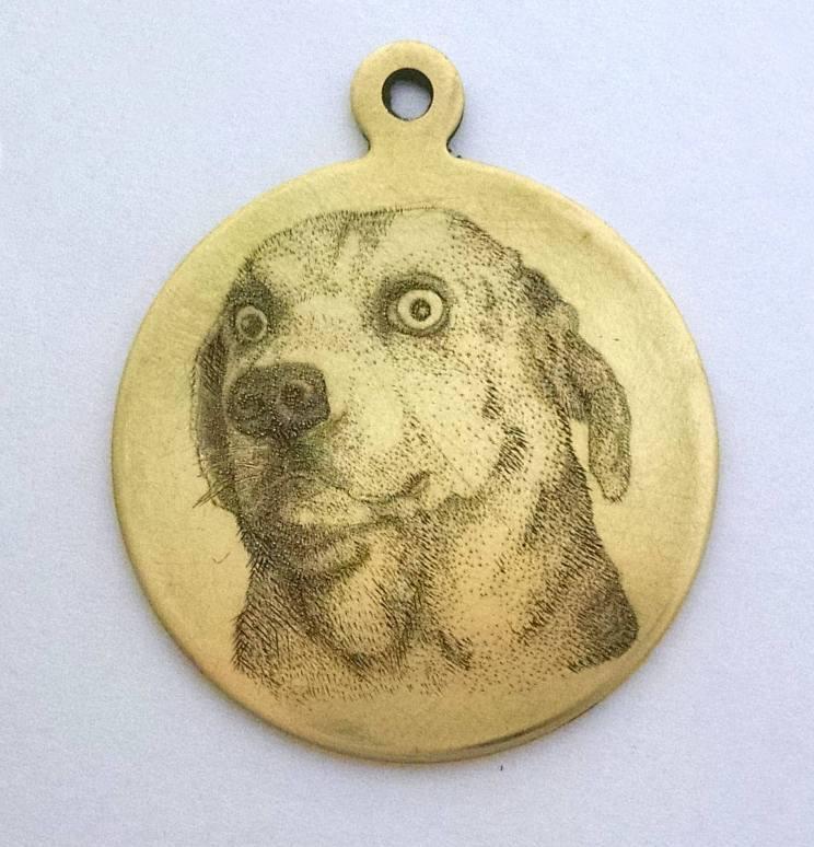 Student: Elizabeth Ash, Dog Pendant