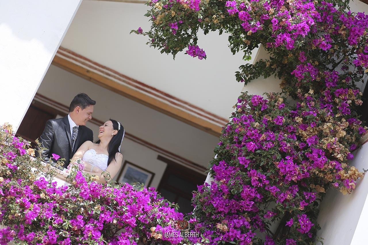 fotografo-de-bodas-james-alberth-fotografias-de-bodas-en-villa-de-leyva-hermosas-bodas-en-villa-de-leyva-fotografias-de-matrimonios-amor-love