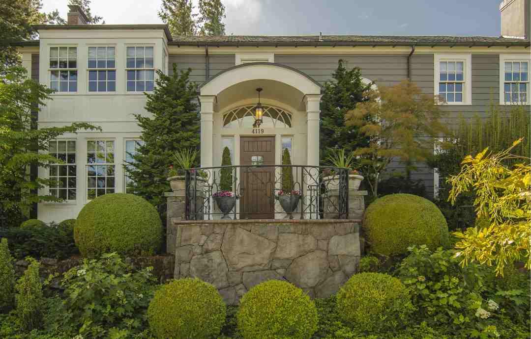 West Hills Georgian-Style Estate