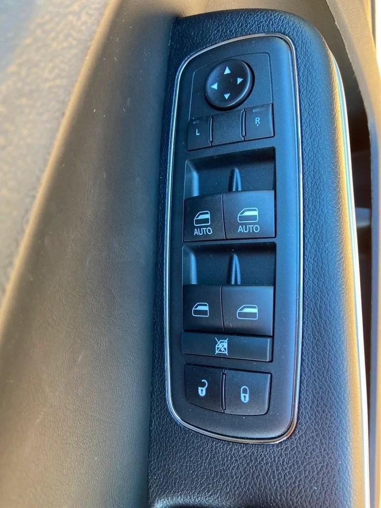 James Hodge Dodge Broken Bow : james, hodge, dodge, broken, Chrysler, TOURING, Broken, James, Hodge, Dodge