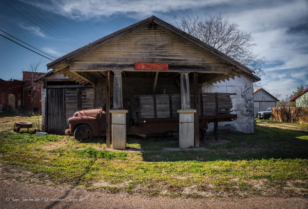 Abandoned Service Station and Truck in Italy Texas