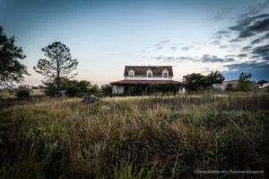 Abandoned Farm House Near Decatur, Texas