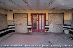 The Abandoned Palace Theater in Anson, Texas - The Front Doors with the Missing Kiosk