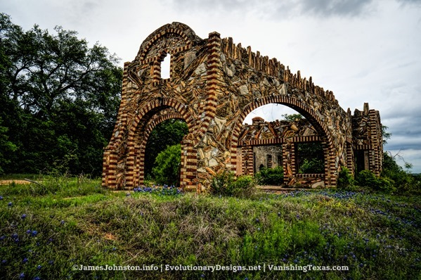 Nature's Doorway - Ed Young's Service Sation aka Outlaw Service Sation in Glen Rose, Texas