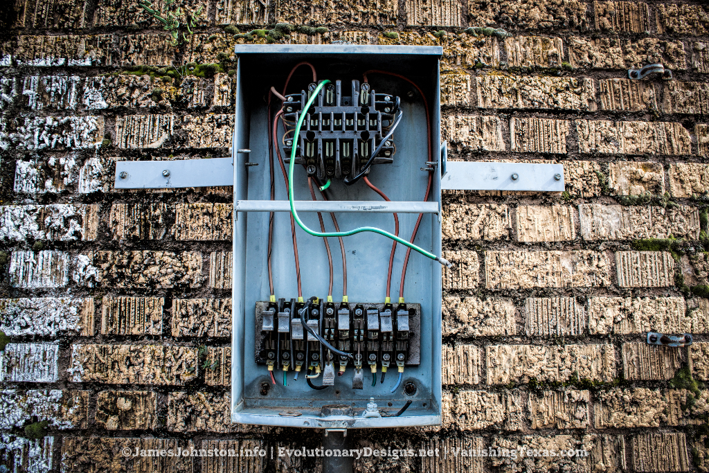 Power Outtage - The Abandoned Baker Hotel in Mineral Wells, Texas