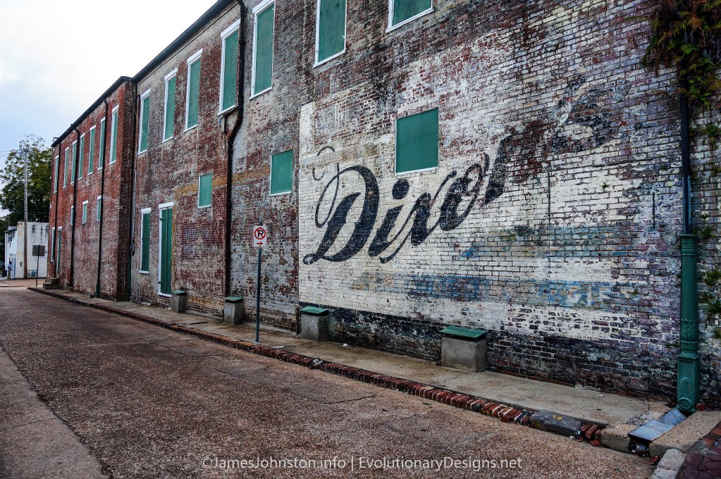 Dixon's Ghost Signs in Natchez, Mississippi