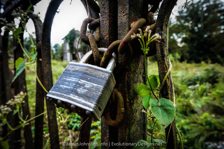 Master lock on A Church Gate
