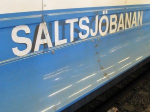 Train from Slussen to Saltsjobanan