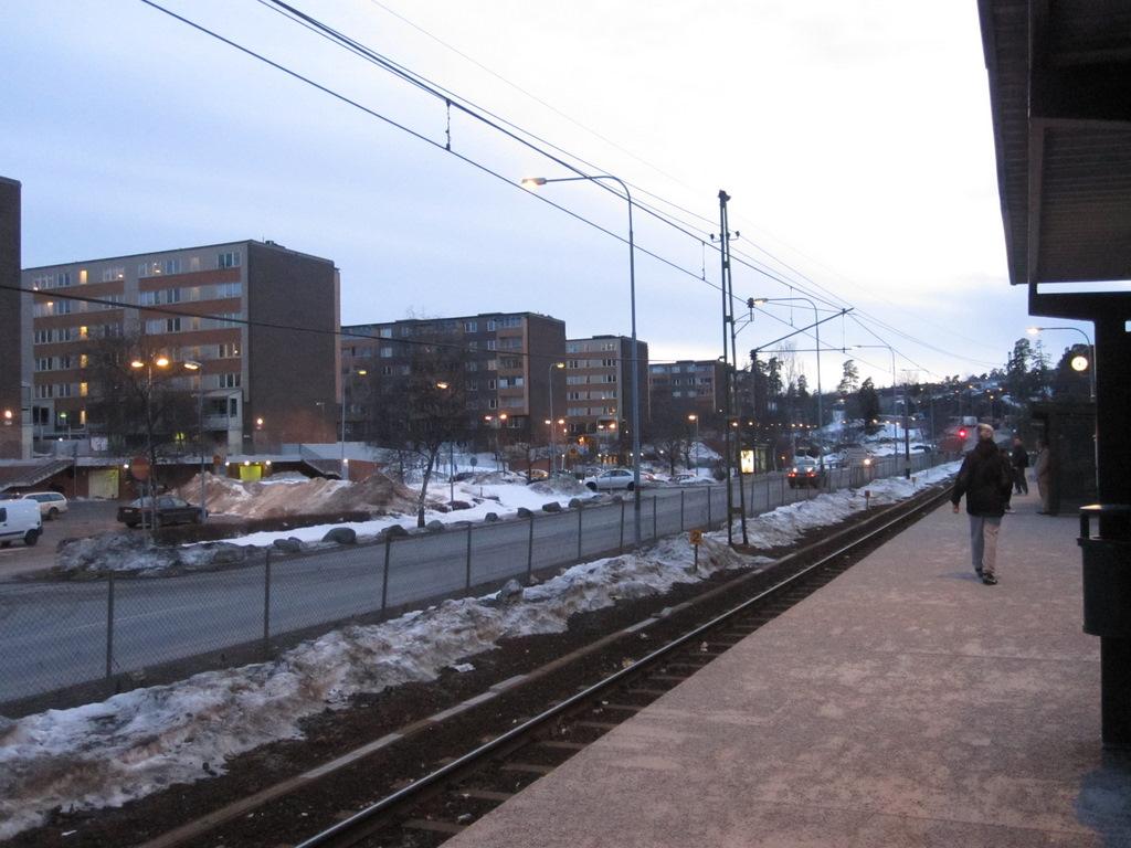 Fisksatra Station