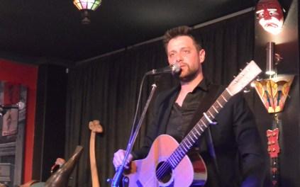 Shane Nicholson performs live