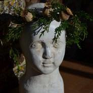 Gaia Head