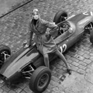 JILL-KENNINGTON-WITH-A-LOTUS-FORMULA-ONE-RACING-CAR-EATON-MEWS-NORTH-LONDON-15TH-SEPTEMBER-1964-1-c26880