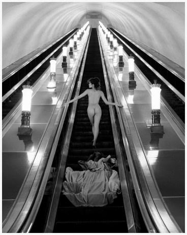 photo-patrick-lichfield-moscow-underground-e28093-ussr1989