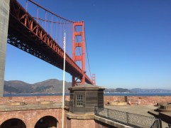 golden-gate-from-inside-fort-point