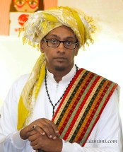 the traditional dress